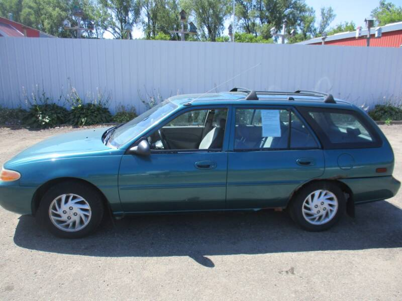 1998 ford escort se 4dr wagon in rochester mn chaddock auto sales 1998 ford escort se 4dr wagon in