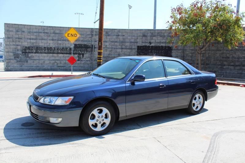 1998 Lexus ES 300 4dr Sedan   North Hollywood CA