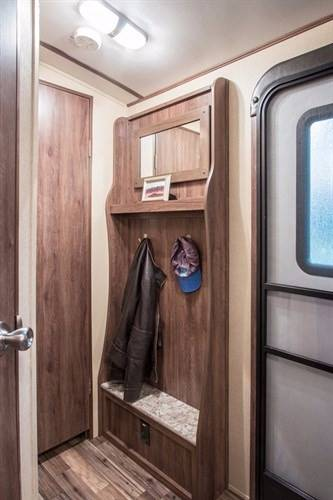 2017 AEROLITE 294RKSS for sale at Dependable Used Cars in Anchorage AK
