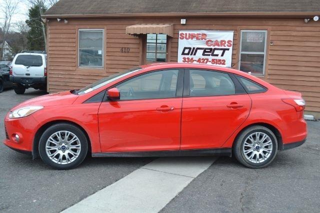 2012 Ford Focus SE 4dr Sedan - Kernersville NC