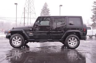 2013 Jeep Wrangler Unlimited 4x4 Sahara 4dr SUV - Wooster OH