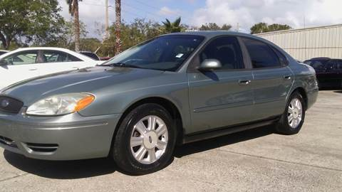 2005 Ford Taurus for sale in Palm Bay, FL