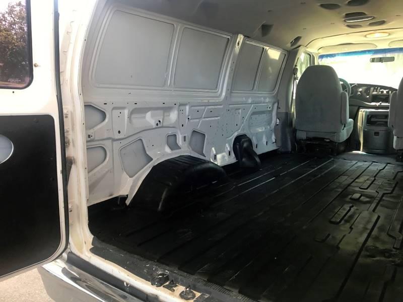 2005 Ford E-Series Cargo for sale at Lavista Auto Plex in La Vista NE