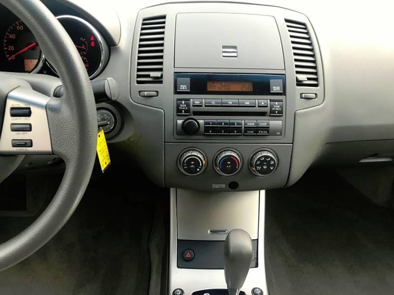 2006 Nissan Altima for sale at Lavista Auto Plex in La Vista NE