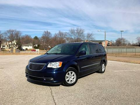 2013 Chrysler Town and Country for sale at Lavista Auto Plex in La Vista NE