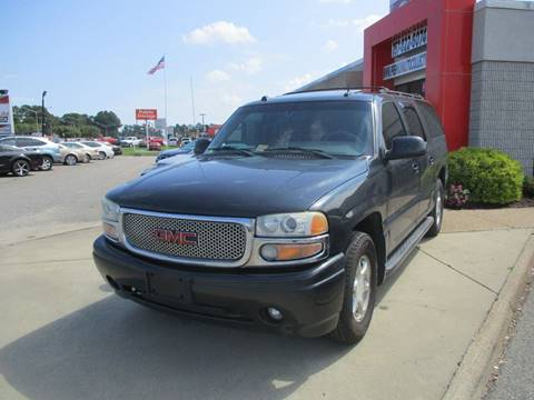 2004 GMC Yukon XL for sale at Premium Auto Collection in Chesapeake VA