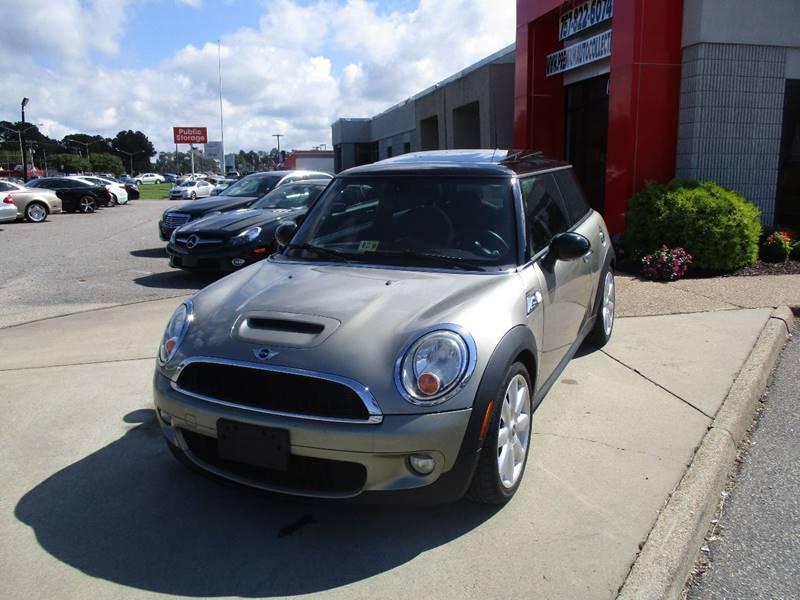 2008 MINI Cooper for sale at Premium Auto Collection in Chesapeake VA