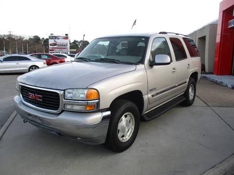 2004 GMC Yukon for sale at Premium Auto Collection in Chesapeake VA