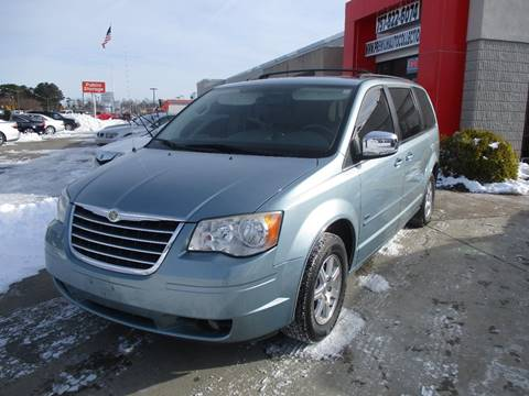 2008 Chrysler Town and Country for sale at Premium Auto Collection in Chesapeake VA
