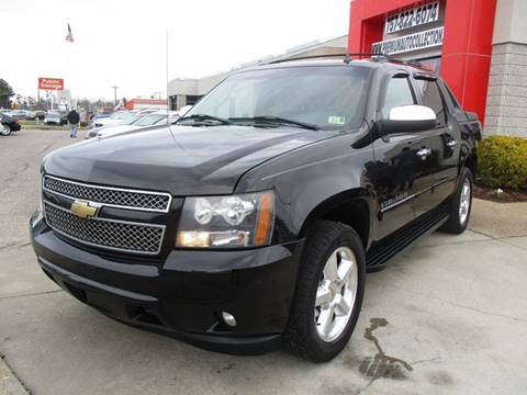 2007 Chevrolet Avalanche for sale at Premium Auto Collection in Chesapeake VA