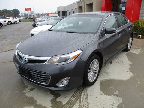 2013 Toyota Avalon Hybrid for sale at Premium Auto Collection in Chesapeake VA