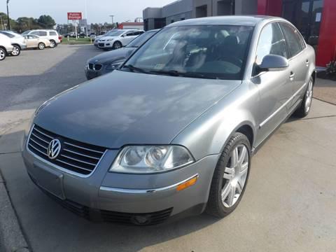 2005 Volkswagen Passat for sale at Premium Auto Collection in Chesapeake VA