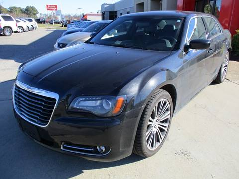 2013 Chrysler 300 for sale at Premium Auto Collection in Chesapeake VA