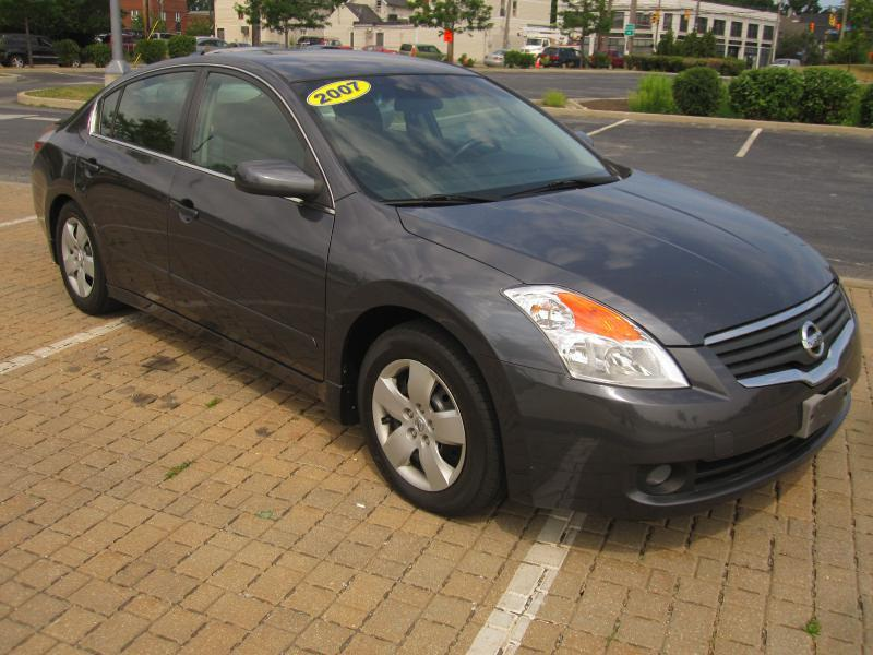 2007 Nissan Altima 25 In Cleveland Oh Drive Trend