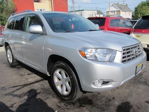 2010 Toyota Highlander for sale at DRIVE TREND in Cleveland OH