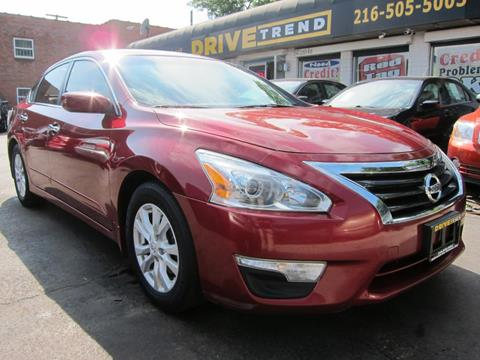 2014 Nissan Altima for sale at DRIVE TREND in Cleveland OH