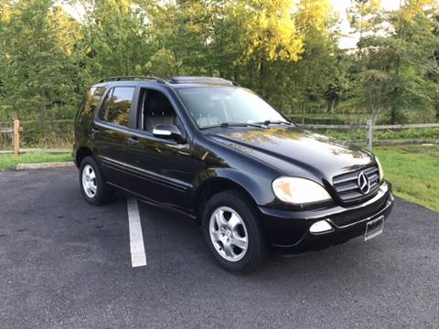 2004 Mercedes-Benz M-Class for sale at Virginia Auto Mall in Woodford VA