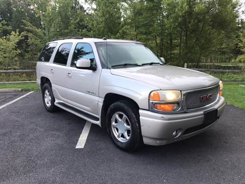 2004 GMC Yukon for sale in Woodford, VA