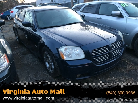 2005 Dodge Magnum for sale at Virginia Auto Mall in Woodford VA