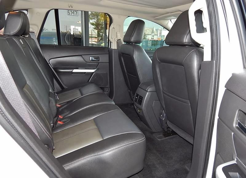 2011 Ford Edge for sale at Best Deal Motors - Used Cars ,and Trucks for sale in Sun Valley,  Los Angeles CA