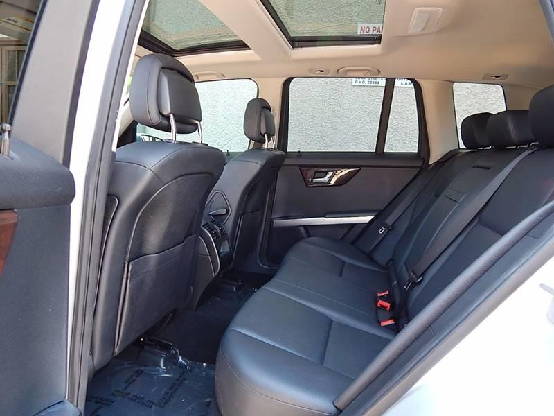 2010 Mercedes-Benz GLK for sale at Best Deal Motors - Used Cars ,and Trucks for sale in Sun Valley,  Los Angeles CA