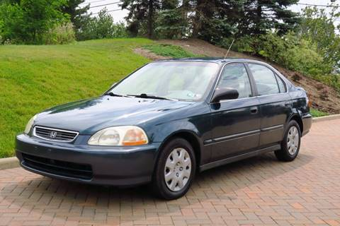 1998 Honda Civic for sale at Car Connection in Willoughby OH