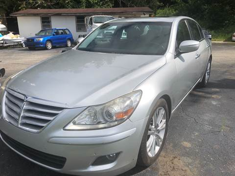 2009 Hyundai Genesis for sale at Monroe Auto's, LLC in Parsons TN