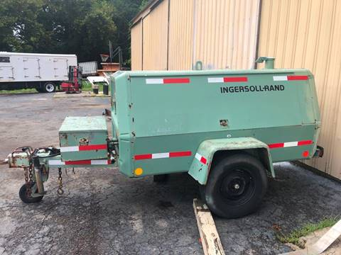 2006 INGERSOLL-RAND P175A-W-D for sale in Parsons, TN