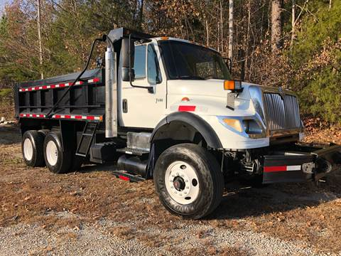 2003 International WorkStar 7600 for sale at Monroe Auto's, LLC in Parsons TN
