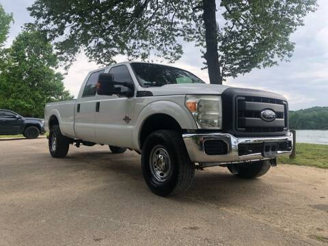 2012 Ford F-350 Super Duty for sale at Monroe Auto's, LLC in Parsons TN