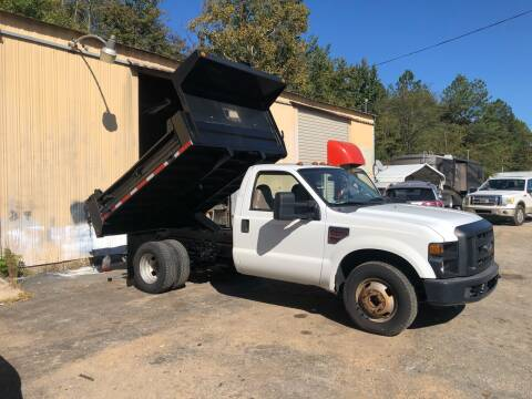 2008 Ford F-350 Super Duty for sale at Monroe Auto's, LLC in Parsons TN