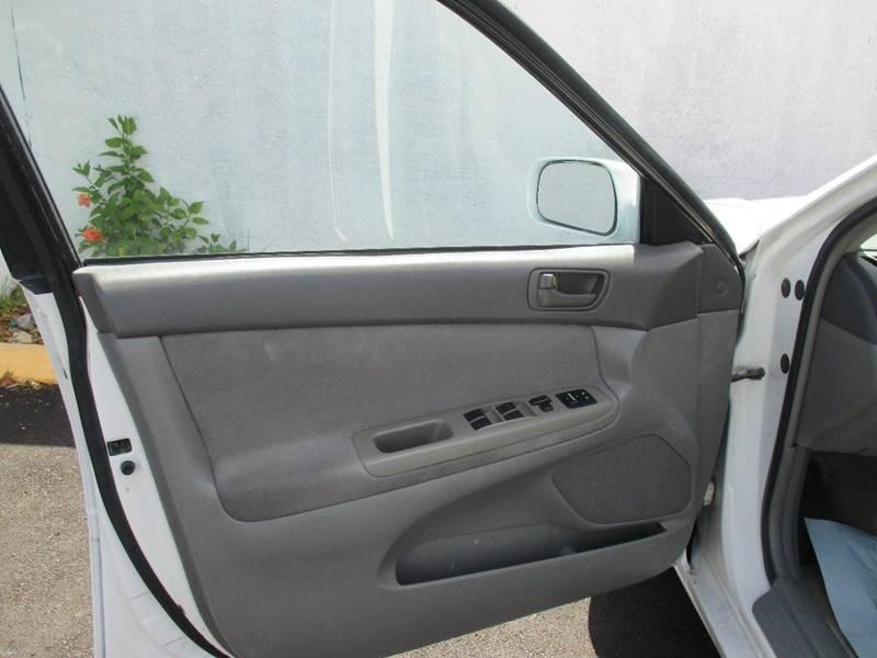 2003 Toyota Camry LE 4dr Sedan - Miami FL