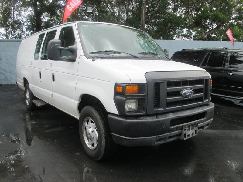 2010 Ford E-Series Cargo E-350 SD 3dr Extended Cargo Van - Miami FL