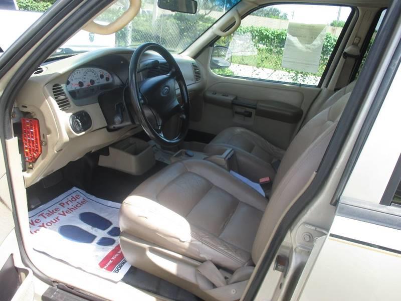 2005 Ford Explorer Sport Trac 4dr XLS Crew Cab SB RWD - Miami FL