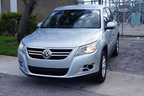2009 Volkswagen Tiguan for sale in Pompano Beach, FL