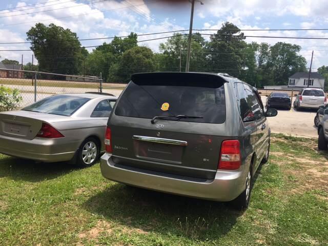 2005 Kia Sedona for sale at Atlanta South Auto Brokers in Union City GA
