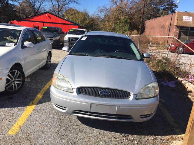 2005 Ford Taurus for sale at Atlanta South Auto Brokers in Union City GA