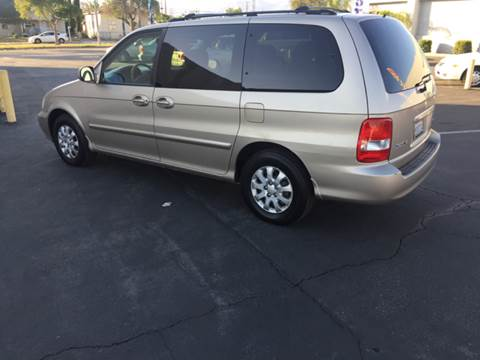 2005 Kia Sedona for sale in Colton, CA