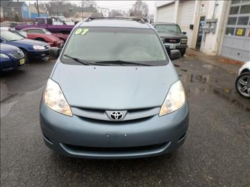 2007 Toyota Sienna for sale in Nashua, NH