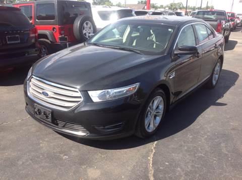2014 Ford Taurus for sale in Wyandotte, MI