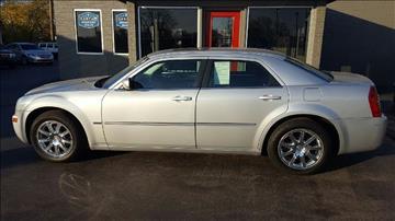 2009 Chrysler 300 for sale at Drivegiant.com in Metro Detroit MI