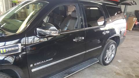2009 Cadillac Escalade Hybrid for sale at Cincinnati Auto Wholesale in Loveland OH