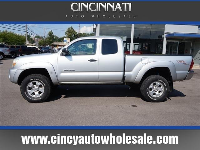 2007 Toyota Tacoma for sale at Cincinnati Auto Wholesale in Loveland OH