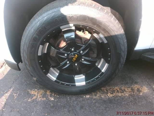 2011 Chevrolet Suburban for sale at Cincinnati Auto Wholesale in Loveland OH