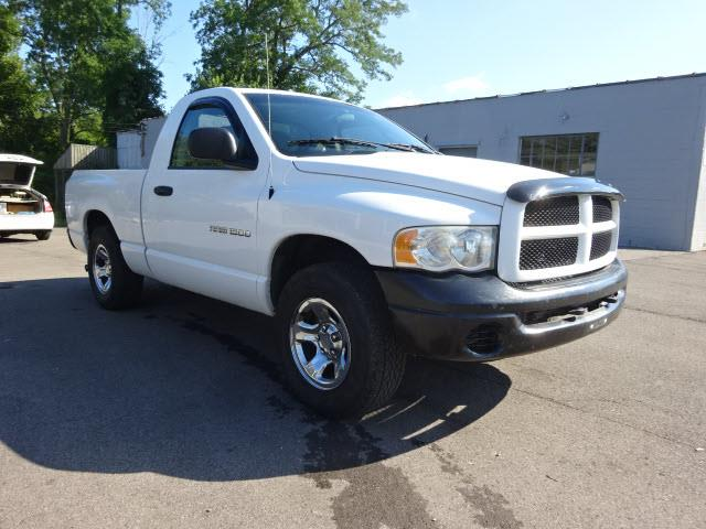 2004 Dodge Ram Pickup 1500 for sale at Cincinnati Auto Wholesale in Loveland OH