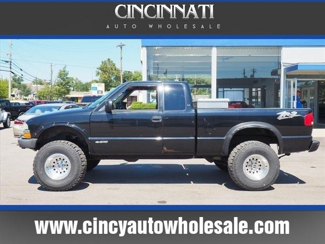 2003 Chevrolet S-10 for sale at Cincinnati Auto Wholesale in Loveland OH