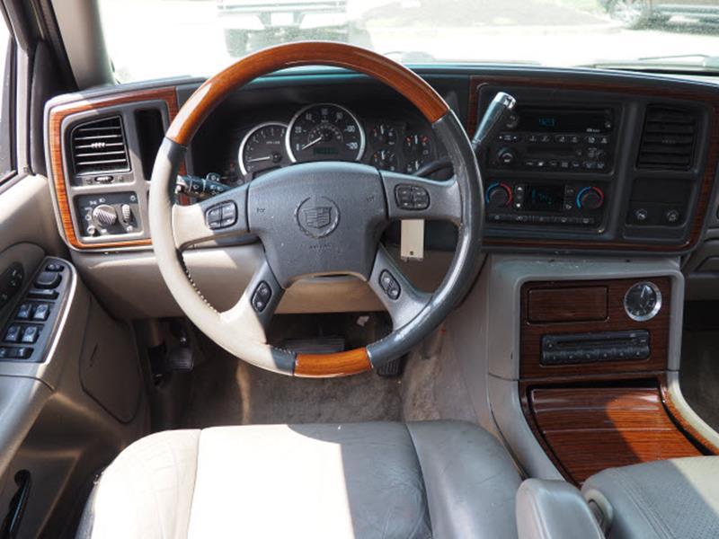 2003 Cadillac Escalade ESV for sale at Cincinnati Auto Wholesale in Loveland OH