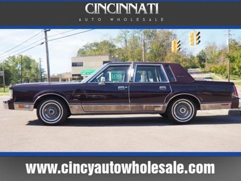 1988 Lincoln Town Car for sale at Cincinnati Auto Wholesale in Loveland OH