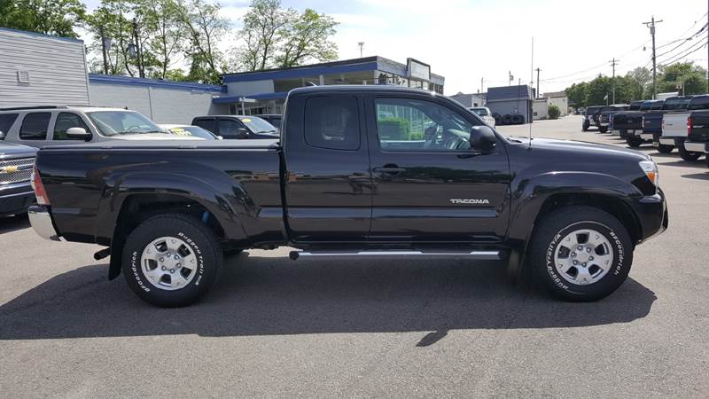 2015 Toyota Tacoma for sale at Cincinnati Auto Wholesale in Loveland OH