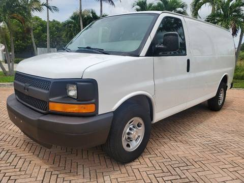 2015 Chevrolet Express Cargo for sale in Miami, FL